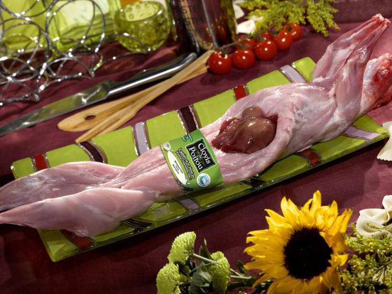 Lapin - Des lapins venant de la région « Poitou-Charentes », traçable jusque chez l'éleveur, 100% alimentation naturelle.