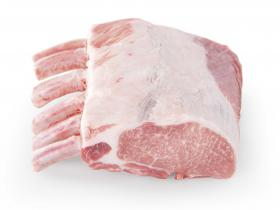 Couronne (Corona) - Depuis de nombreuses années un produit phare chez nous, vous pouvez reconnaitre le porc 100% Duroc Batallé par ces longs cheveux et sabots noirs.